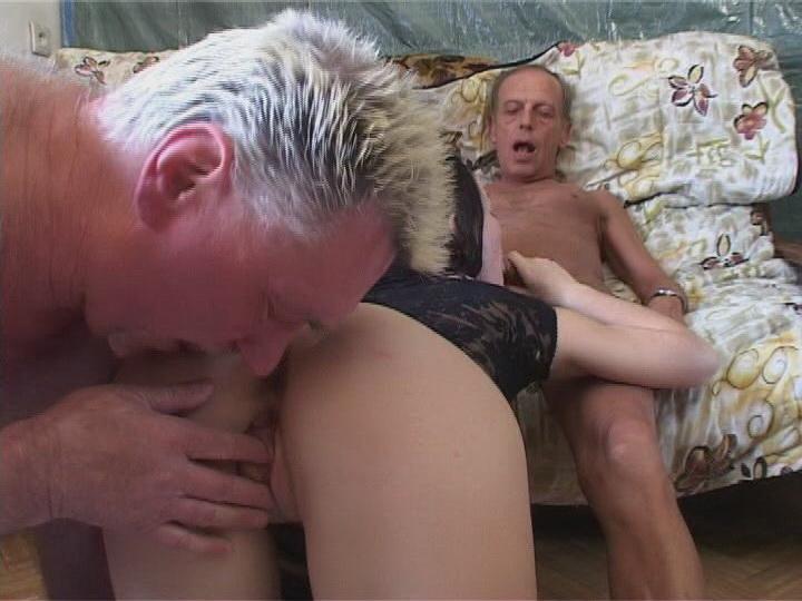 старик сняли молодую порно