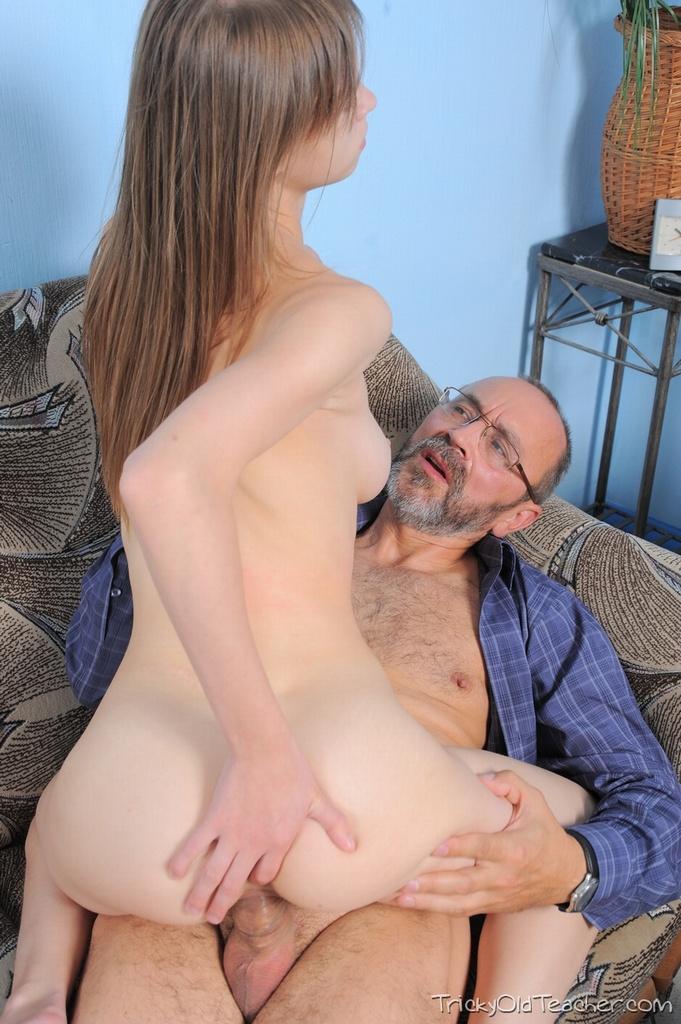 молодая дочка фото порно