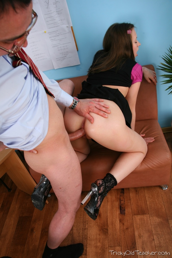 sex tricky old teacher tania