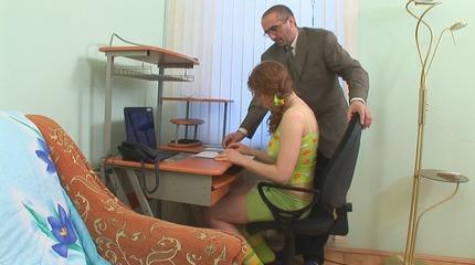 Pervy teacher stretches the bitch wrinkle of a nasty scholar