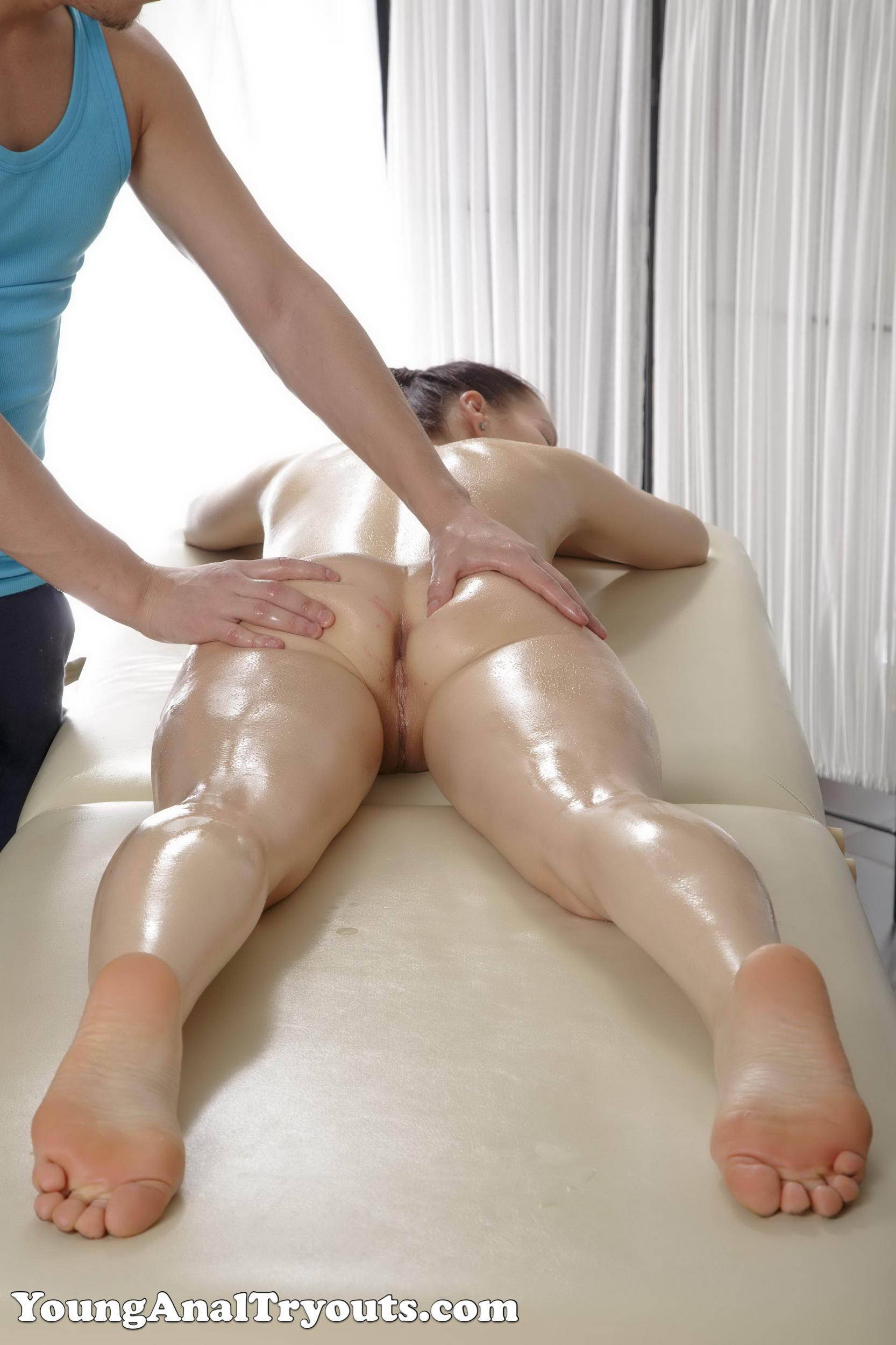 eroticheskiy-massazh-refleks