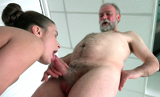 Anita is desperate for a hard fuck by an older man
