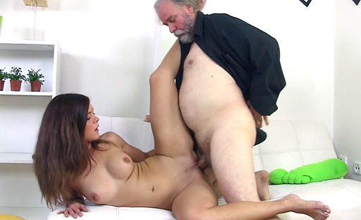 After giving her man a great blowjob, she gets on top and rides his older cock