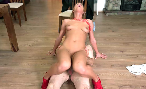 Chrissy Fox in hardcore sex with a filthy old man