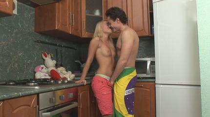 Hardcore pussy drilling feast during the breakfast